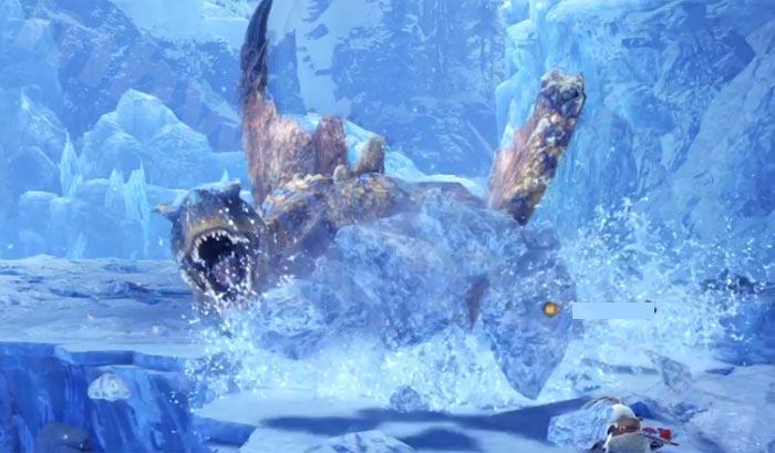氷の塊の属性やられは「ウチケシの実」で早めの治療を!